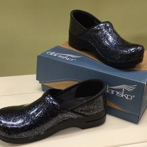 NIB Dansko Professional Leather Clog in Overspray Patent Leather
